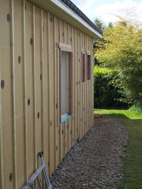 isolation par l ext rieur en fibre de bois tinatur mat riaux cologiques de construction. Black Bedroom Furniture Sets. Home Design Ideas